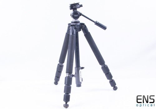 Velbon Sherpa Pro CF640 Tripod with PH-157Q Pan Tilt Head