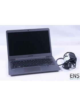 Samsung Ultrabook NP530U3C 6GB / 500GB / 24GB SSD / Core i5 1.7Ghz