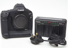 Canon EOS 1D Mark III 10.1MP DSLR Digital Camera Astronomy Modded - 7433 shots!