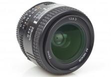 Nikon 28mm f/2.8 AF-D Nikkor wideangle prime lens Mint! FX DX Film Japan 632685