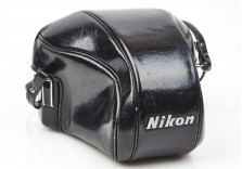 Nikon CTT Z ever ready case for Nikon F 35mm film SLR cameras