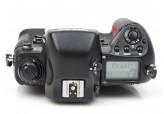 Nikon F5 35mm film SLR Professional Camera body Boxed - near mint! 3207556