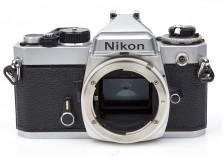 Nikon FE 35mm film SLR camera body **FOR PARTS** 3012510