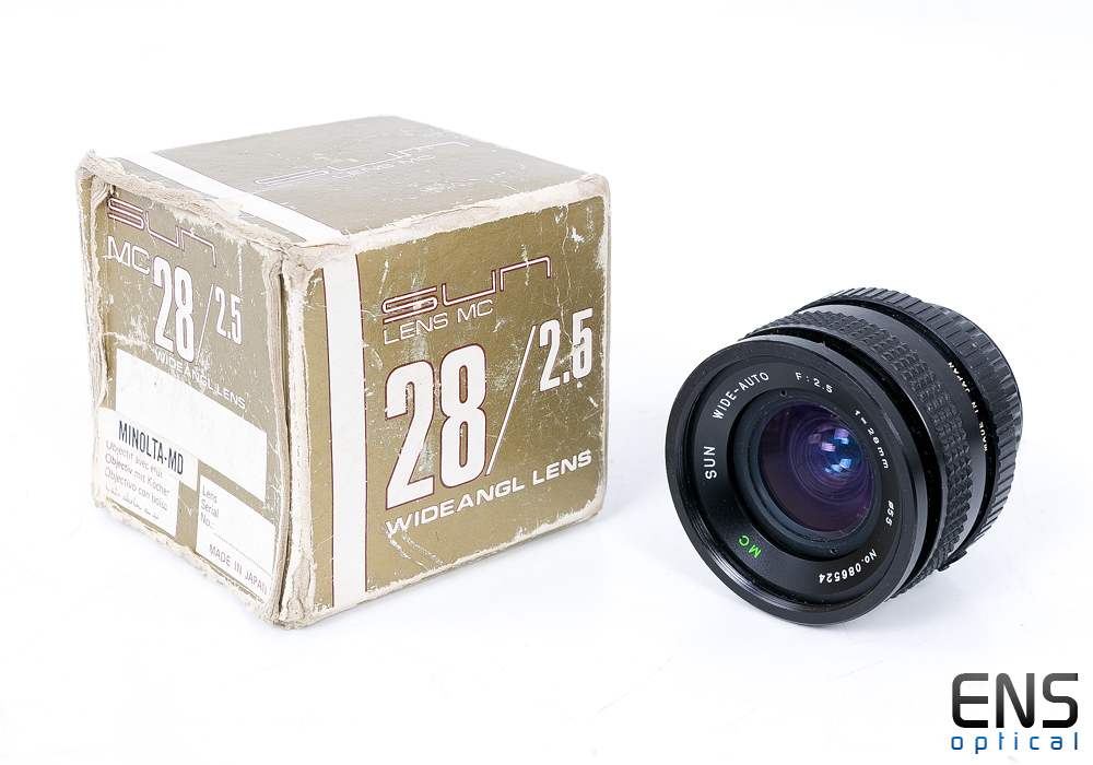 Sun 28mm f/2.5 Fast Wide Angle Lens full working order JAPAN Boxed
