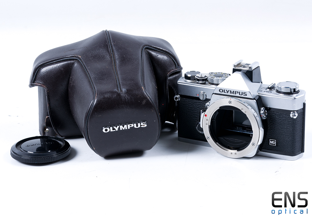 Olympus OM-1 35mm Film Camera with case - Nice!