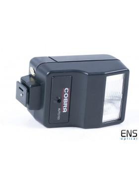 Cobra Auto 150 Universal Shoemount Flash